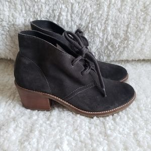 Dolce Vita Suede Leather Lace up Ankle booties